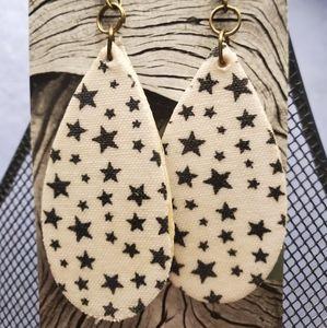 $6/1 or $8/2 Wood/Cloth Earrings